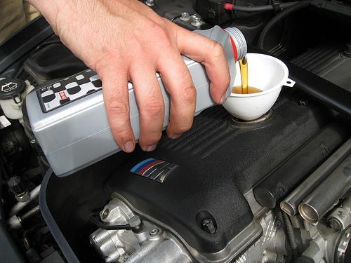 ¿Cómo puedo alargar la vida de mi motor sin ser un experto?